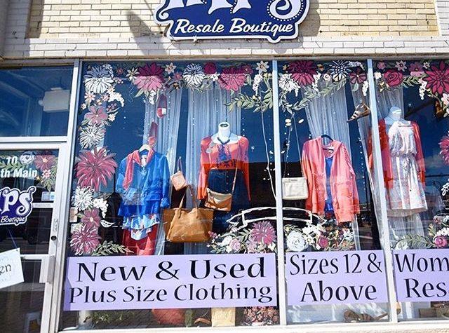 Hips plus size resale store.
